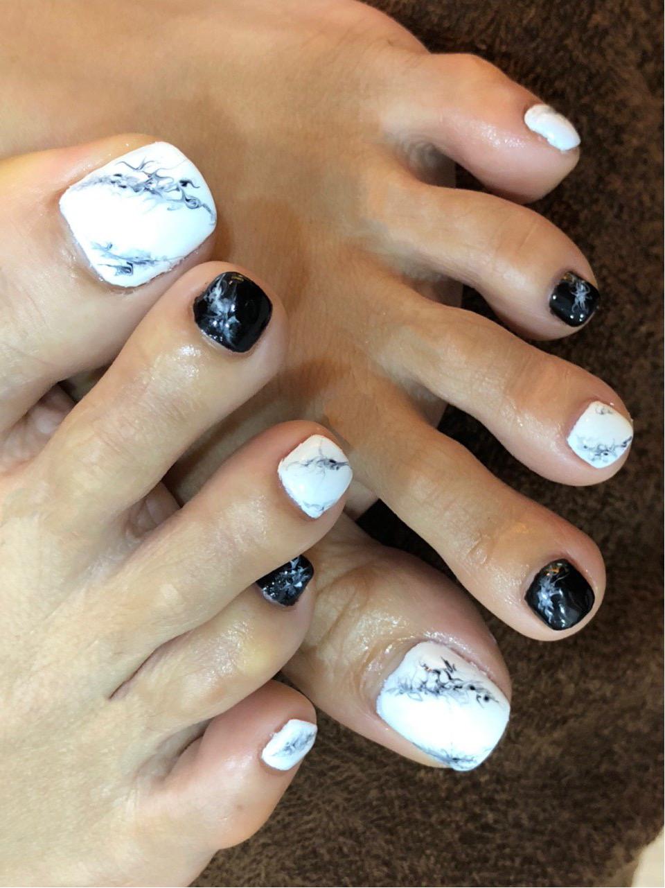 Manicure & Pedicure 7