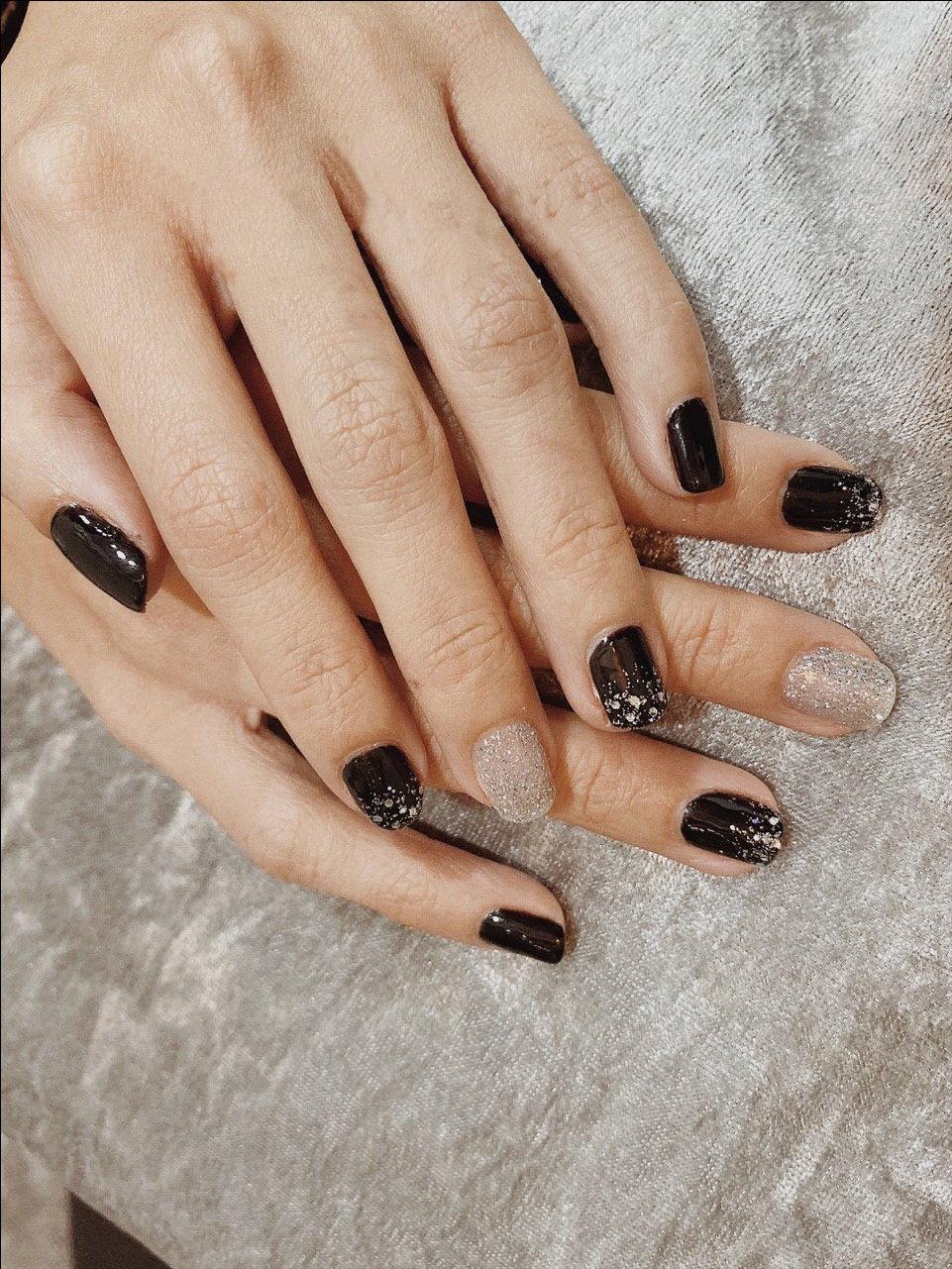 Manicure & Pedicure 8