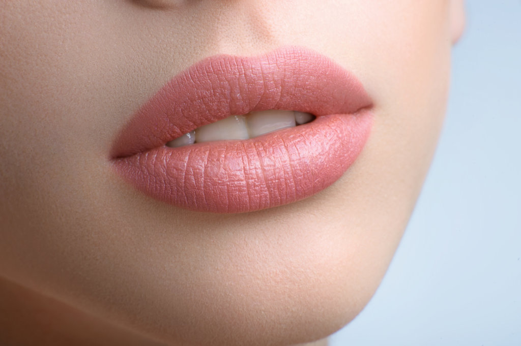 semi-permanent makeup lip embroidery